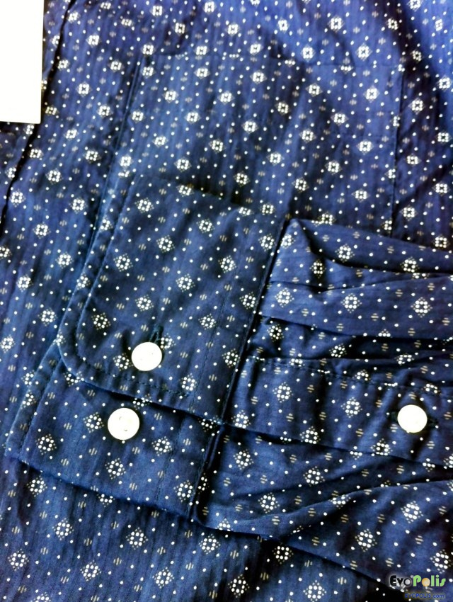 Uniqlo-print-n-oxford-check-long-sleeve-shirts-05