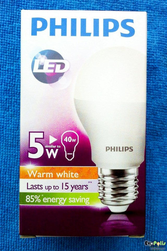 Philips-5W-LEDblub-E27-01