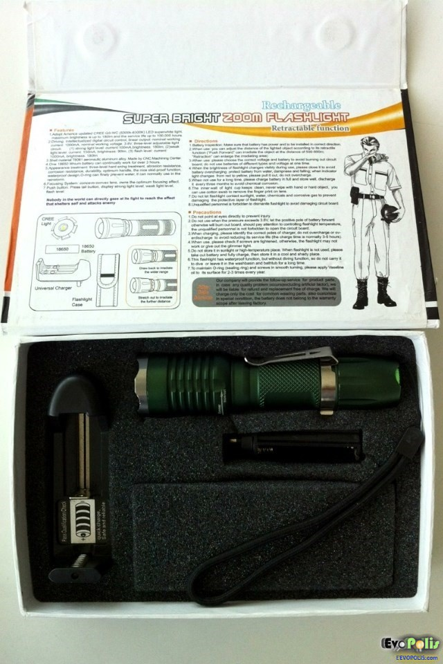 SuperBlight-Zoom-Cree-LED-Flash-Light-Torch-03