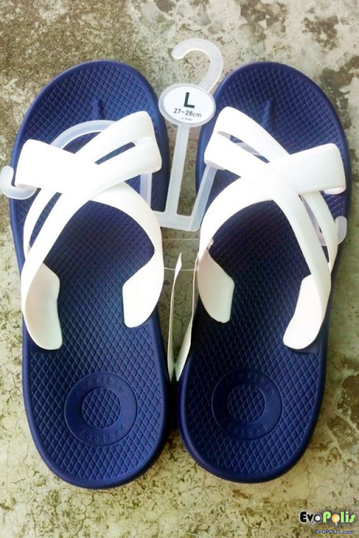 Uniqlo-Comfort-Sandals-03