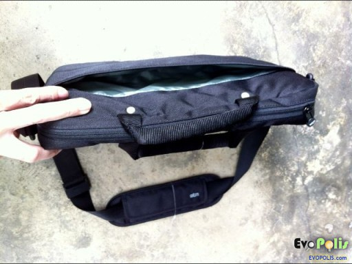 STM-Slim-Small-Laptop-Shoulder-Bag-08
