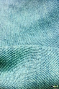 uniqlo-light-weight-regular-fit-straight-jeans-16