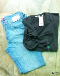 uniqlo-light-weight-regular-fit-straight-jeans-21