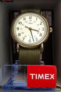 Timex Weekender Slip Thru - T2N894-04