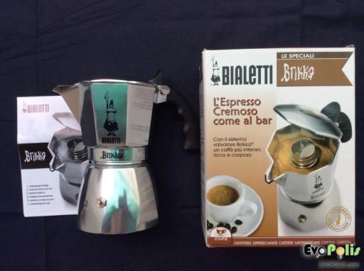 Bialetti-Brikka-Moka-Pot-07