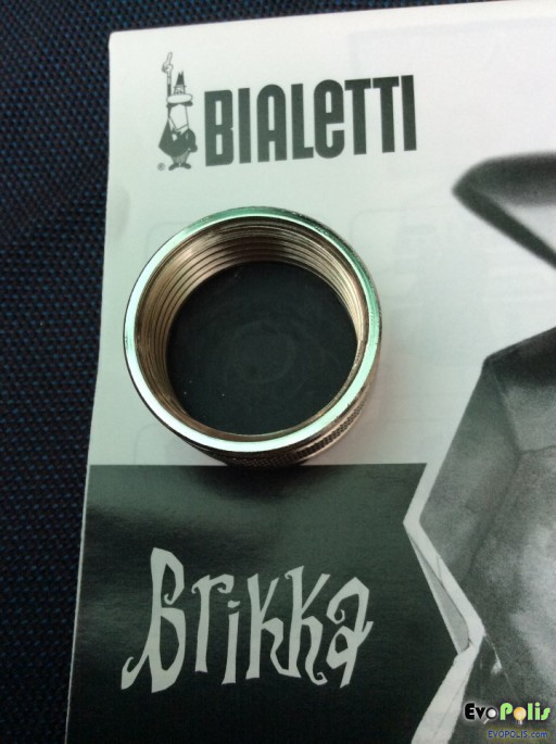 Bialetti-Brikka-Moka-Pot-28
