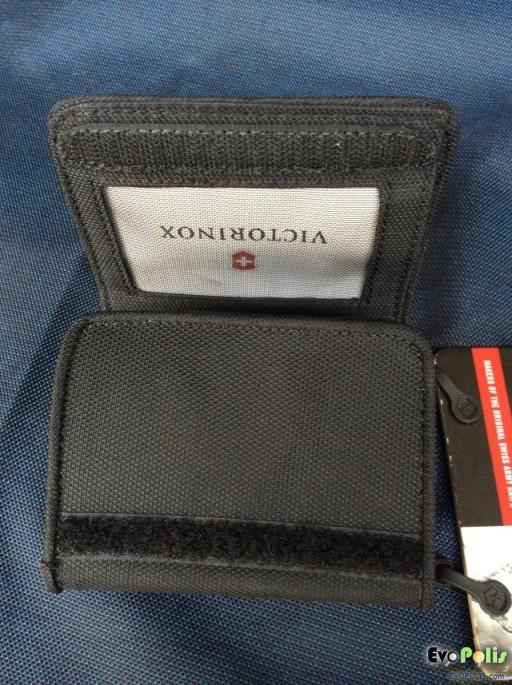 Victorinox Tri-Fold Wallet-12