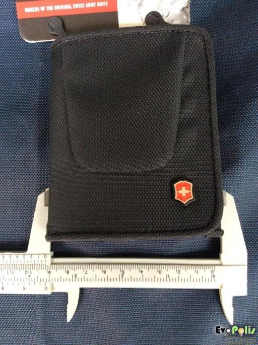 Victorinox Tri-Fold Wallet-23