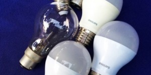 Philipes E27 LED 4W 5W 7W Energy Saving LEDbulb - หลอดประหยัดไฟ แอลอีดี พิลิปส์ 4วัตต์ 5วัตต์ 7วัตต์ ขั้วเกลียว E27 ประหยัดไฟ ราคาเบาๆ