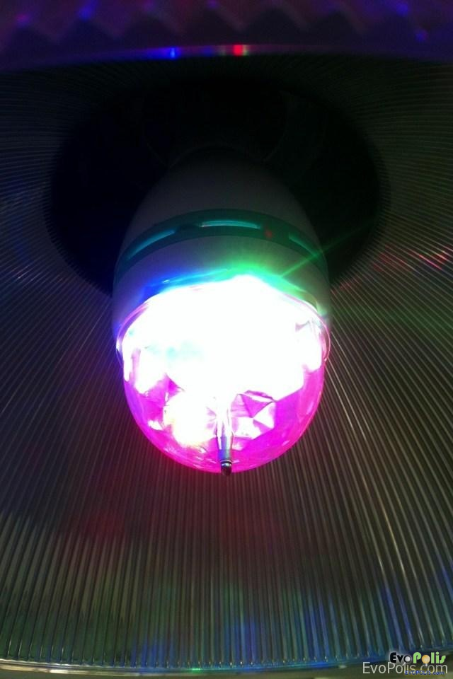 Review - LED Mini Party Light and Elvis Presley - หลอดไฟแอลอีดีปาร์ตี้ และ เอลวิส เพรสลี่